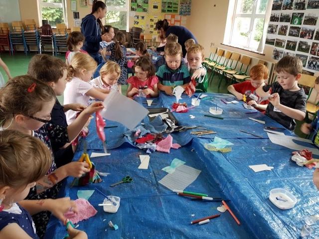 fabric art, fairy, happy kids, summer camp, art classes, crazy art,fairy door