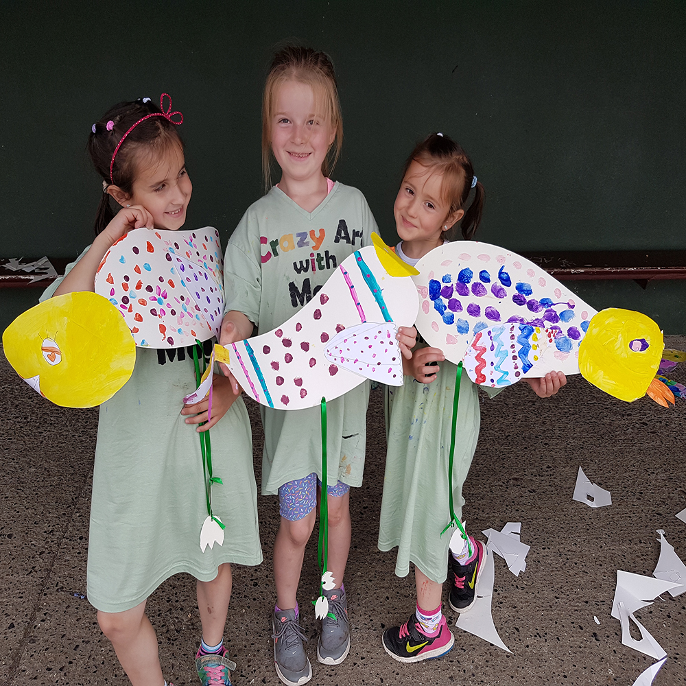 Summer camp, big bird, art and craft